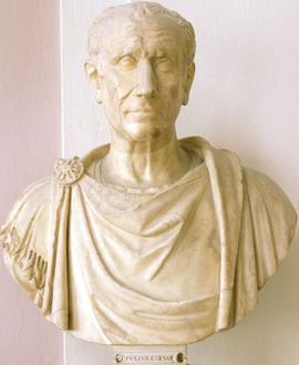 Buste en marbre de Jules César (100-44 av. J.-C.).