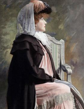 Sarah Bernhardt, en mars 1907, professeur au Conservatoire.