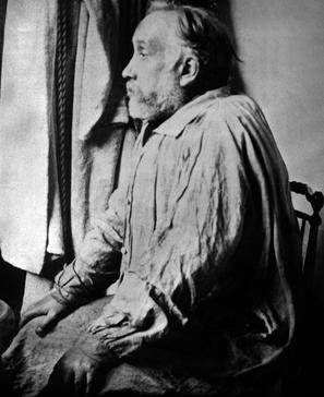Edgar Degas ( 1834-1917) dans son atelier. Photo non datée.