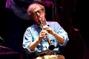 Woody Allen est aussi clarinettiste.