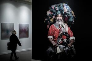 Ouverture de la 20e édition de Paris-Photo au Grand Palais, en 2016, avec la série <i> «Les Marocains»</i>, qui a fait connaître Leila Alaoui.