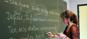 Cours de latin au collège de Bayeux. - Crédits photo: LYDIE/SIPA