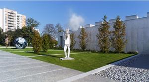 Dans les jardins du MAC Val, à Vitry-sur-Seine (94).