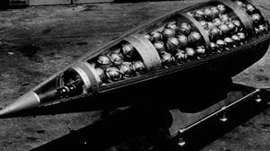 La fusée «Honest John» américaine déployée après la Guerre de Corée.