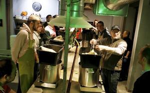 AuBrew Unique, sous l'œilde Michael (casquette),on brasse sapropre biere.
