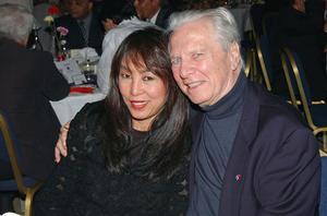 Maurice Jarre et sa quatrième femme Fui Fong Khong en 2006.