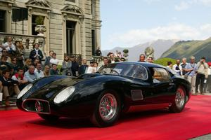 Le coupé 450S Costin-Zagato de 1957 converti par Fantuzzi pour un usage civil.
