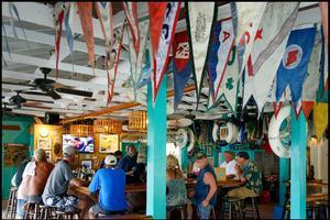 Le Staniel Cay Yacht Club