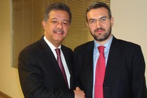 Le président de la République dominicaine et Aymeric Chauprade, en 2009