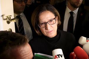 «Il s'agit d'assurer une entrée ordonnée, contrôlée dans notre pays, et non pas de fermer la frontière», a expliqué la ministre de l'Intérieur, Johanna Mikl-Leitner.