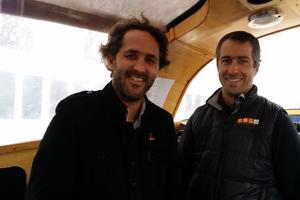 Romain Troublé et Samuel Audrain, capitaine du <i>Tara. </i>LE FIGARO / MATHILDE GOLLA <i/>