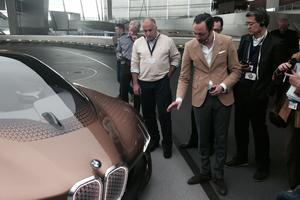 Karim Habib détaille la silhouette du concept BMW.