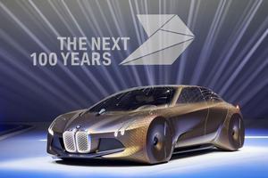 Le concept Vision Next100 ébauche une future berline autonome.