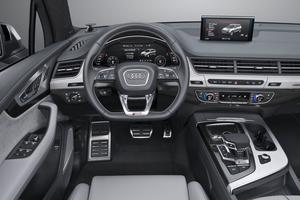 L'ergonomie du poste de pilotage et la qualité de fabrication constituent sans conteste l'une des signatures les plus appréciées d'Audi.