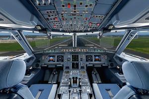 L'intérieur d'un jet privé conçu par Airbus Corporate Jets qui a inspiré la dernière création de Richard Mille, ci-dessous.