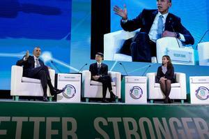 Sommet de la coopération économique pour l'Asie-Pacifique (APEC), à Manille.