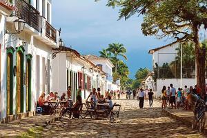 La meilleure cachaça (alcool de canne) du Brésil, qui sert de base à la caipirinha, était, dit-on, produite dans la ville de Paraty.