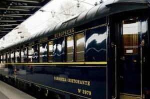 Les fameux wagons bleus de l'Orient-Express.