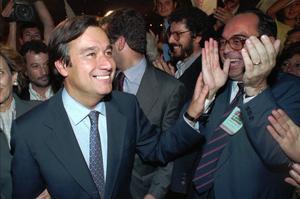 En 1995, le socialiste Antonio Guterres est élu premier ministre de Portugal.