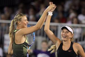 Maria Sharapova (à gauche) et Taylor Jonhnson
