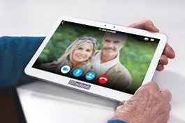 Avec Facilotab, gardez le contact avec votre famille.