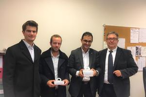 Arash Derambarsh avec Nicolas Duval et Victor Marostegan, fondateurs de la start-up Takeaways, et M. Le Cor (proviseur du lycée Paul Lapie)