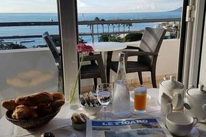Que demander de mieux pour le petit-déjeuner? © P.V.-D.