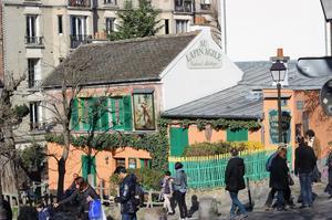 Au Lapin Agile à Montmartre.