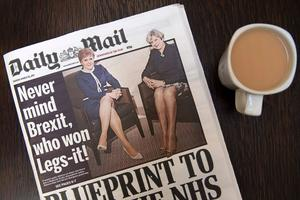 Nicola Sturgeon et Theresa May en une du Daily Mail, le 28 mars 2017.
