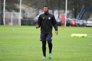 Djibril Cissé en 2016 à Auxerre (entraînement)