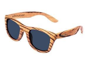 Zébrano fait partie de ces marques de plus en plus nombreuses à proposer des lunettes en bois, sous le slogan «Back to the Wild».