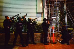 La police a lancé une chasse à l'homme toute la nuit afin de retrouver l'assaillant. Crédit photo: Ezra Acayan/AFP