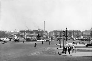 La Place de la Concorde (ancienne place Louis XV) fut créée par l'architecte Ange-Jacques Gabriel (1698-1782).