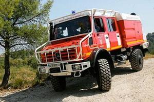 Un «camion-citerne feux de forêts» des sapeurs-pompiers de Marseille.