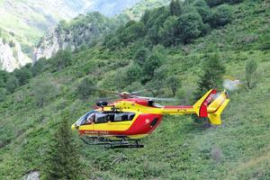 Onze hélicoptères EC145 servent au secours et au commandement.
