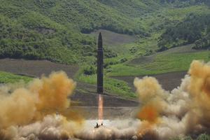 Le missile lancé le 4 juillet par la Corée du Nord. Photo diffusée par la propagande gouvernementale.
