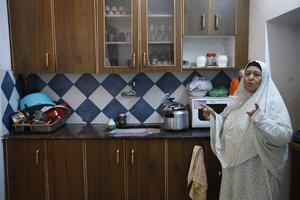 Fahmiyeh Shamasneh, dans la cuisine de sa maison à Jérusalem-Est.