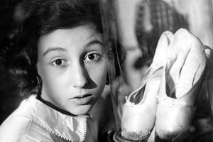 L'enfant prodige de 1938, Janine Charrat, à 14 ans.