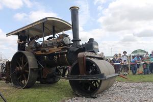 Le rouleau compresseur date du XIXe siècle.