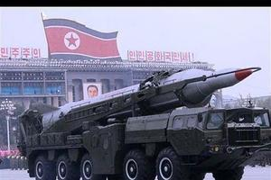 Un missile «Taepodong-2»