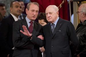Pierre Bergé aux côtés de Bertrand Delanoë, en 2014.