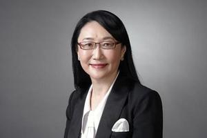 Cher Wang a succédé à Peter Chou en 2015.