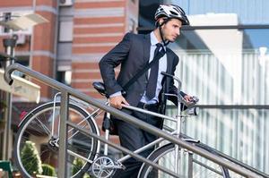 Pour être moins stressé au boulot, le vélo est la solution.
