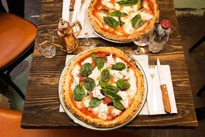 Pizza sans gluten au Biglove Caffè (IIIe).