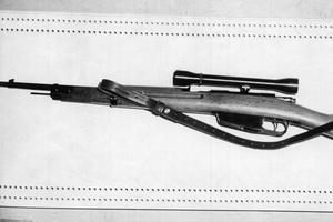 Le fusil Beretta-Carcano qui a tué JFK. (Mondadori Portfolio/Rue des Archives)