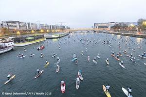 L'an passé, la traversée de Paris en paddle avait conquis 600 personnes.