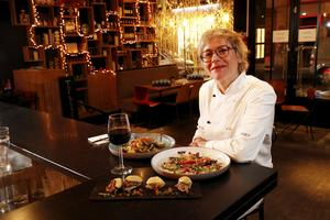 Chez Nomad's (Ier), des assortiments detapas joliment travaillées par la chef Leticia Giner.