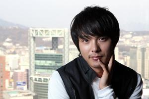 Park Yong-Ha.