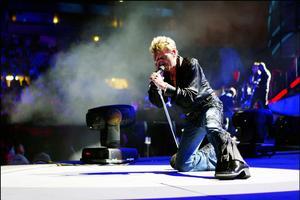 Johnny était en Concert à Marseille en juin 2003.