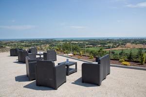 La terrasse extérieure du restaurant <i>Le Panoramique</i>.